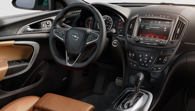 Opel Insignia interiér